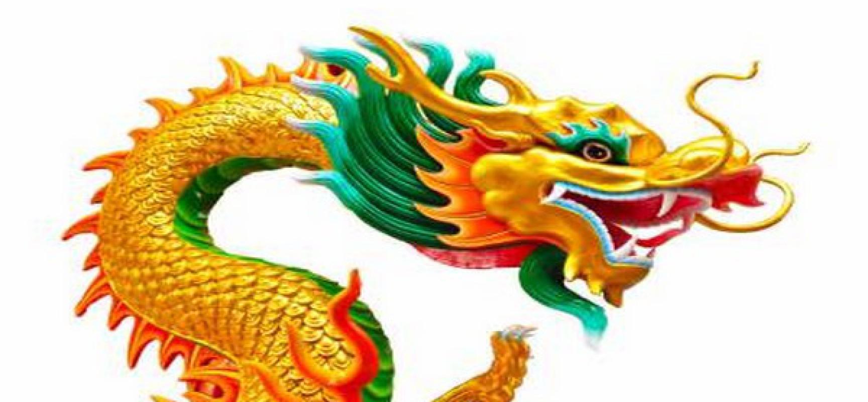 Nous devrions prendre au sérieux le récent défi sino-russe lancé au dollar