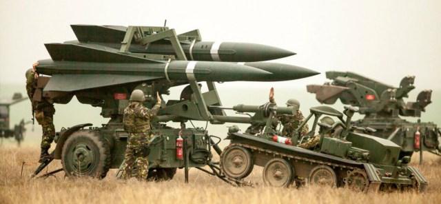 La Russie envoie plein de nouveaux cadeaux à Assad pour sa prochaine offensive contre l'EI