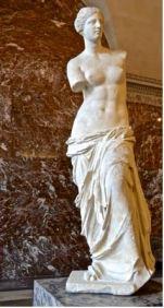 La Vénus de Milo, marbre, IIᵉ siècle av. J.-C. Musée du Louvre, Paris. David McSpadden/Wikipédia, CC BY