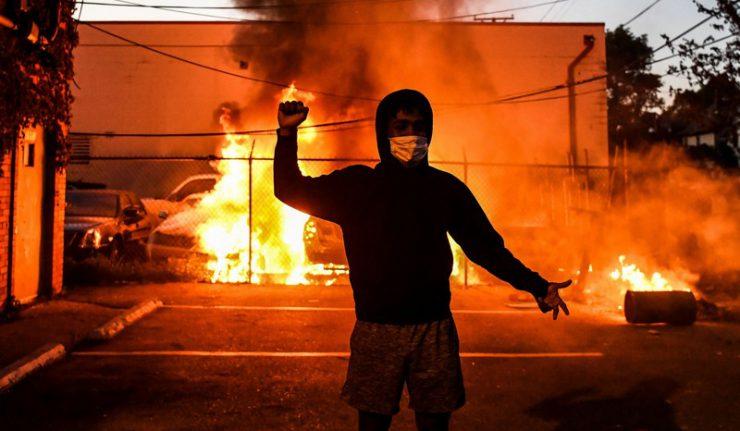 Émeutes aux USA: les casseurs ne sont pas ceux que l'on croit…