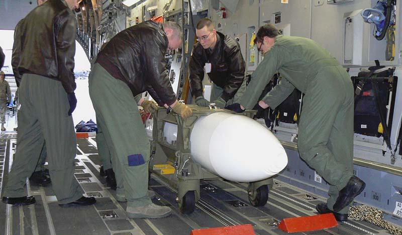 Complot secret des USA et de l'Allemagne sur les armes nucléaires