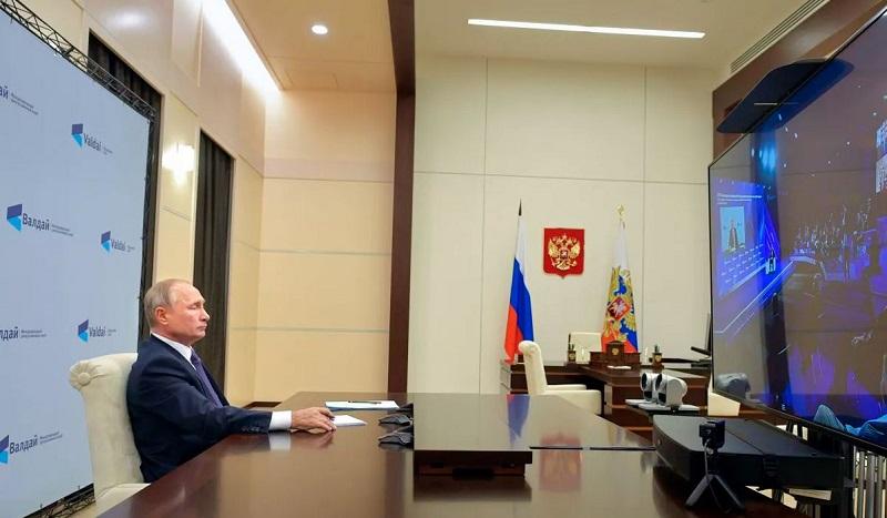 Poutine : «Une alliance militaire entre la Russie et la Chine est possible»