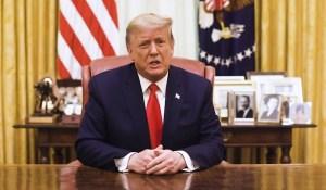Donald Trump contourne son bannissement de Twitter en s'exprimant via le compte de la Maison-Blanche