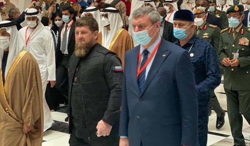 Scandale en Ukraine autour de la photo montrant le vice-premier ministre, Oleg Ourouski, avec Ramzan Kadyrov