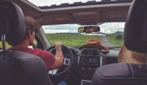 Les voitures pourraient décider d'elles-mêmes de passer en conduite autonome