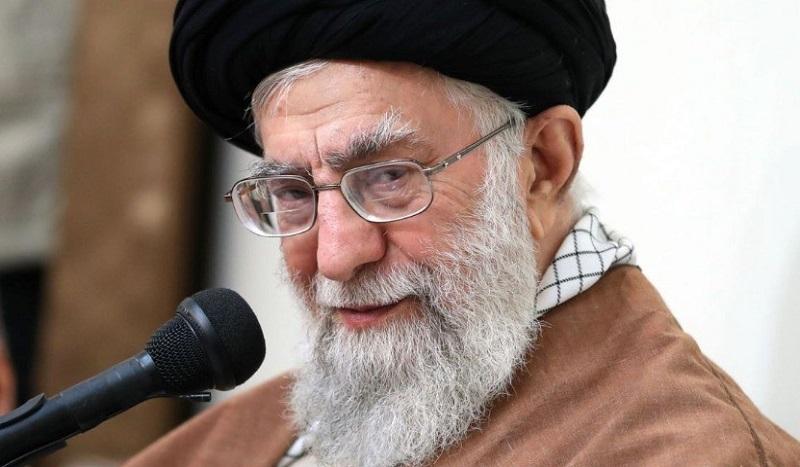 L'ayatollah Khamenei qualifie de « grosse erreur » des propos du MAE Zarif : Un avertissement lourd de sens