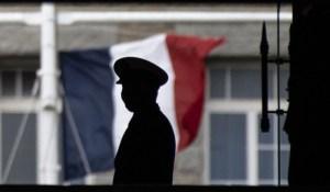 Droit de réponse à la tribune des militaires