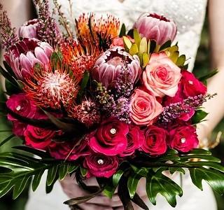 Design Idea Pincushion / Protea Resendiz Brothers Wedding