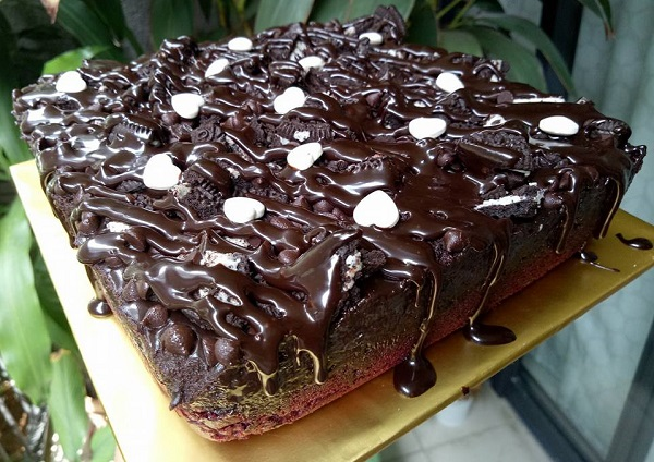 Resepi Red Truffle Brownies Oreo