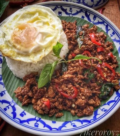 Resepi Padkrapow atau Thai Basil Chicken