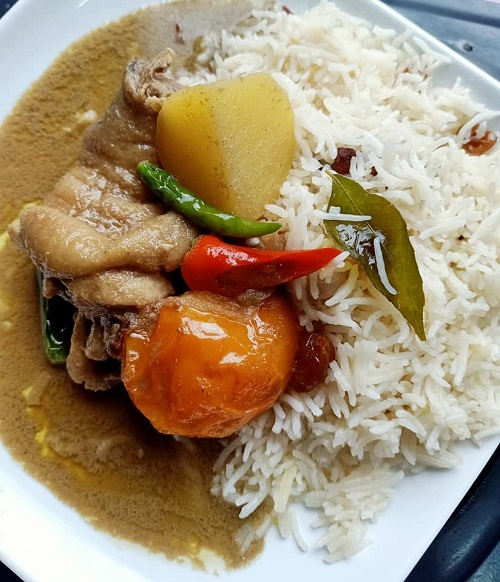 Resepi Nasi Minyak Dengan Kurma Ayam