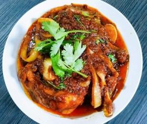 resepi-ayam-masak-merah-berempah-kurma