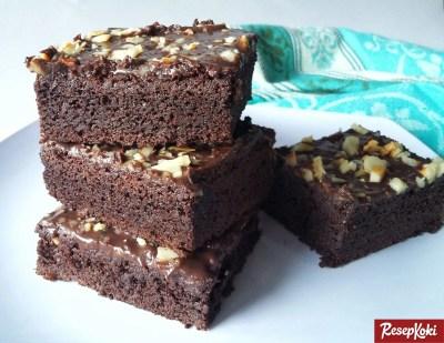 Gambar Hasil Membuat Resep Brownies Panggang Klasik