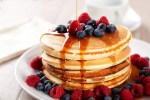 5 Tips Membuat Pancake yang Mengembang Tebal dan Empuk