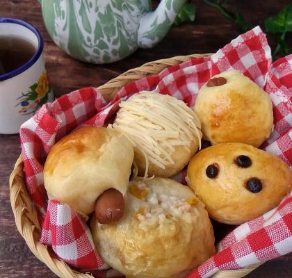 Roti unyil empuk