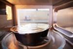 4 Tips Aman Sehat Menggunakan Wadah Plastik ke Microwave