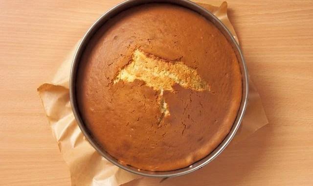 Apa Bedanya? Sponge Cake vs Pound Cake