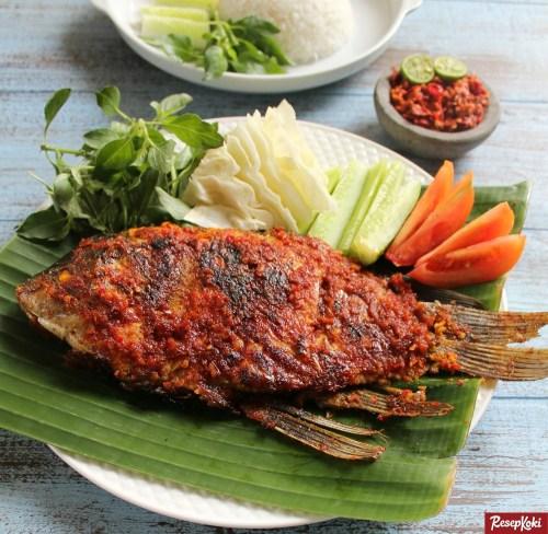 Gambar Hasil Membuat Resep Ikan Gurame Bakar Bumbu Bali