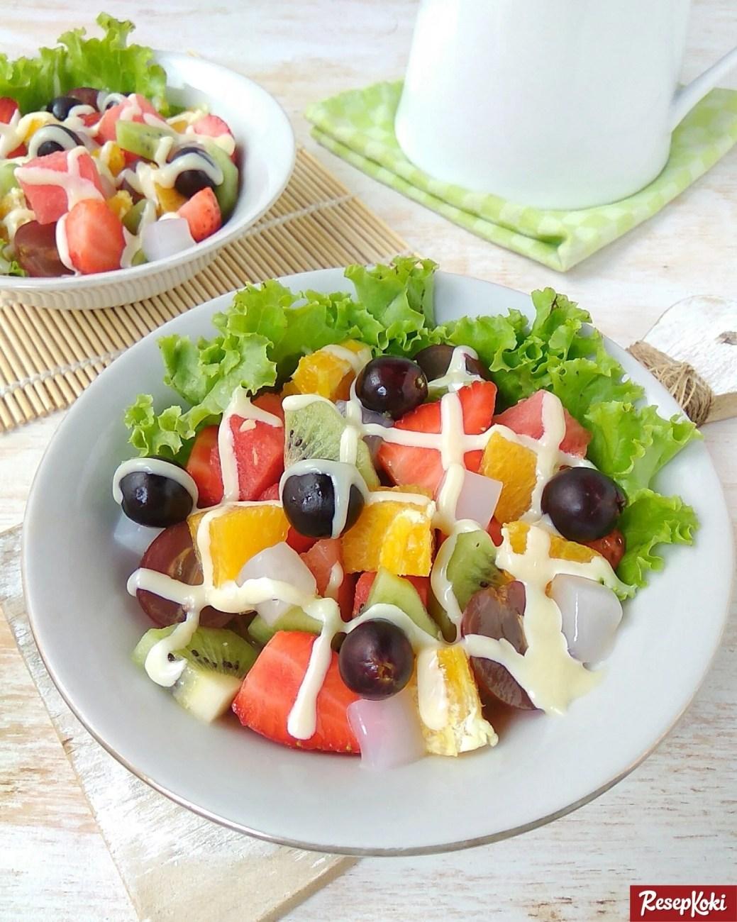 Resep Salad Buah Sederhana : resep, salad, sederhana, Salad, (Fruit), Segar, Siram, Mayones, Resep, ResepKoki