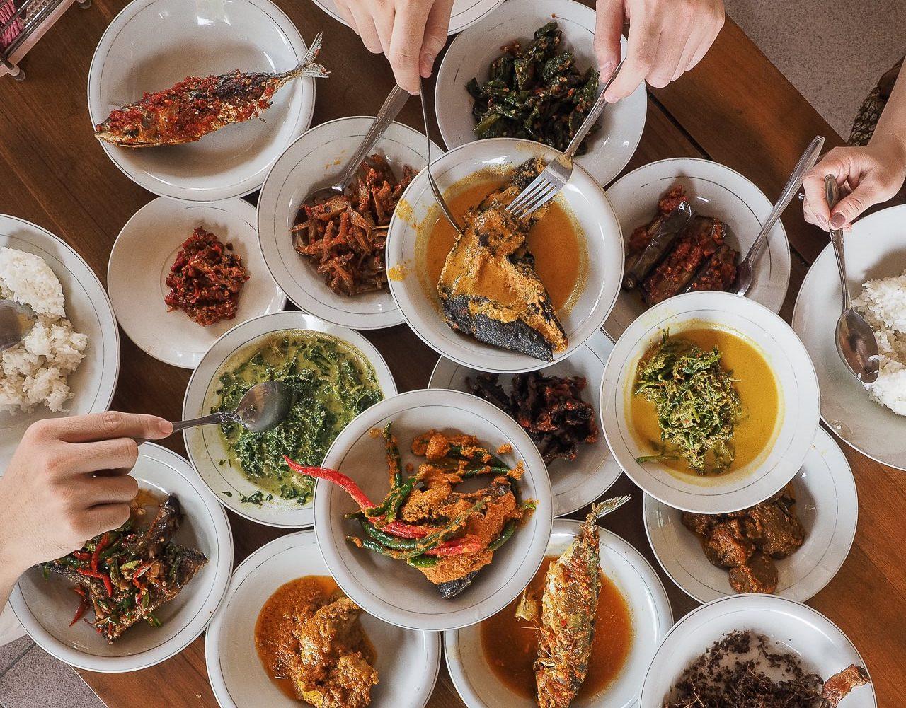 Awas Ngiler 13 Sajian Rumah Makan Padang Ini Wajib Dicoba