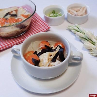 Gambar Hasil Membuat Resep Sop Ayam Suwir