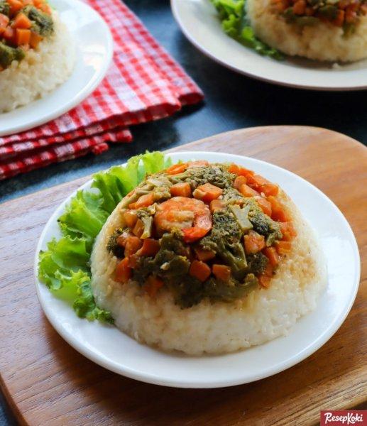 Gambar Hasil Membuat Resep Nasi Tim Sayuran