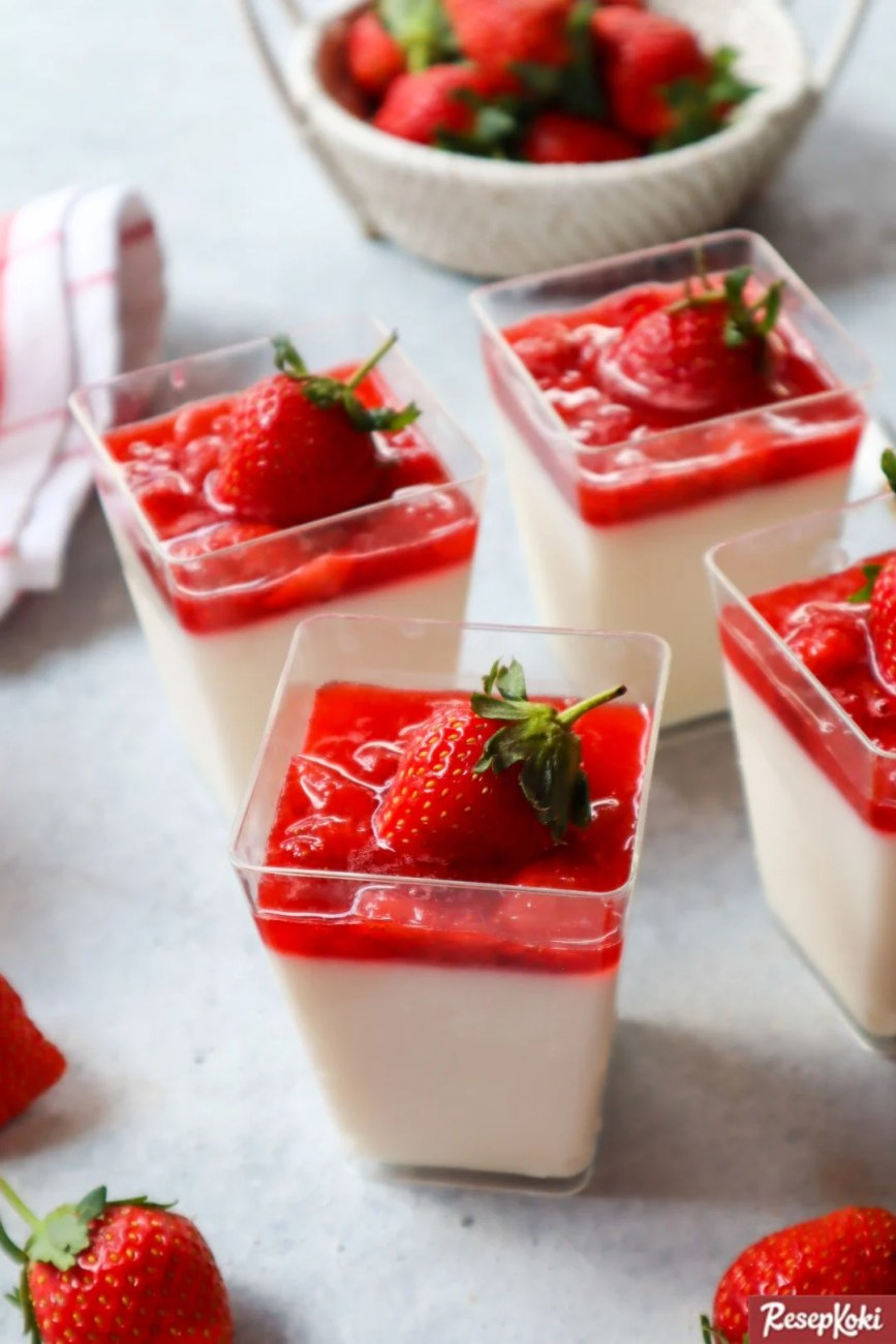 Resep Panna Cotta Strawberry