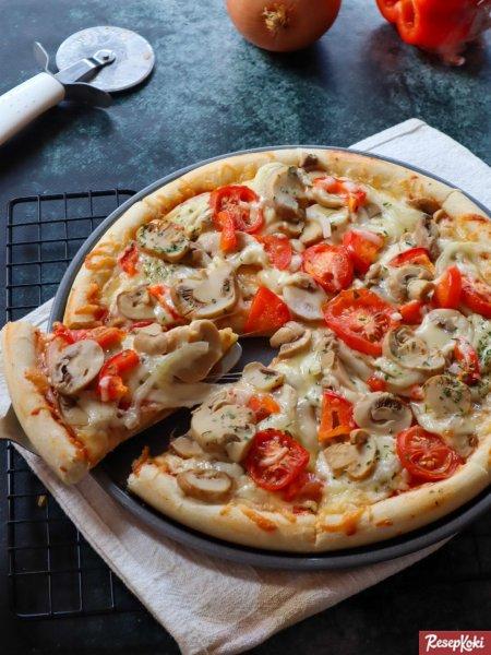 Gambar Hasil Membuat Resep Pizza Mozzarella Jamur