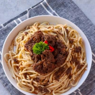 spaghetti rendang lezat