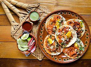 Tacos en guayabitos