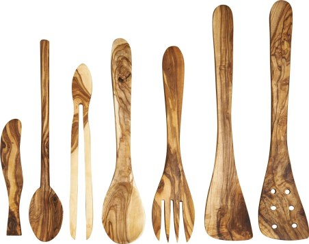 FARNANA En bois d'olivier 6,00€ - 802550 7,00€ - 802546 11,00€ - 802545 15,00€ - 802544 7,00€ - 802548 7,00€ - 802549 36,00€ Pot à couverts en bois d'olivier D.10,5 x H.14 cm 802552 - l.3 x L.17 cm - Couteau à beurre - l.5 x L.30 cm - Cuillère - l.3,5 x L.30 cm - Pince à cornichons - l.5 x L.30 cm - Couverts à salade - l.5 x L.30 cm - Spatule - l.5 x L.30 cm - Spatule à trous