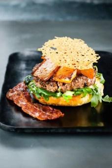 Burger-au-potiron-et-aïoli-de-sauge
