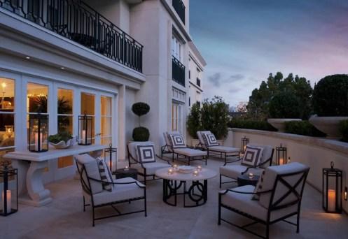 royal-patio-suite-terrace-evening