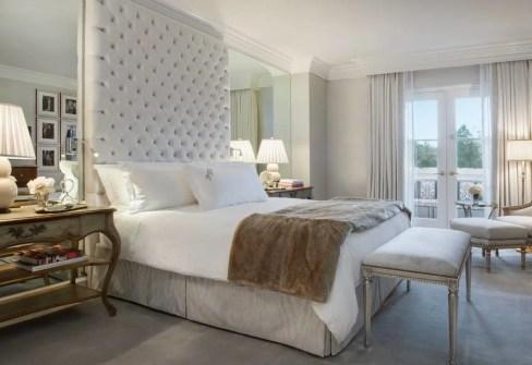 suite-100-bedroom