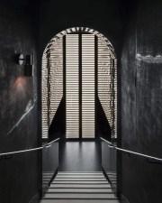 boite-de-nuit-les-bains-paris-1120x1400