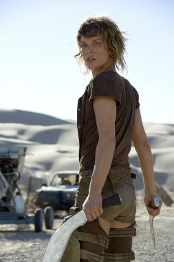 Milla Jovovich as Alice in Resident Evil: Extinction