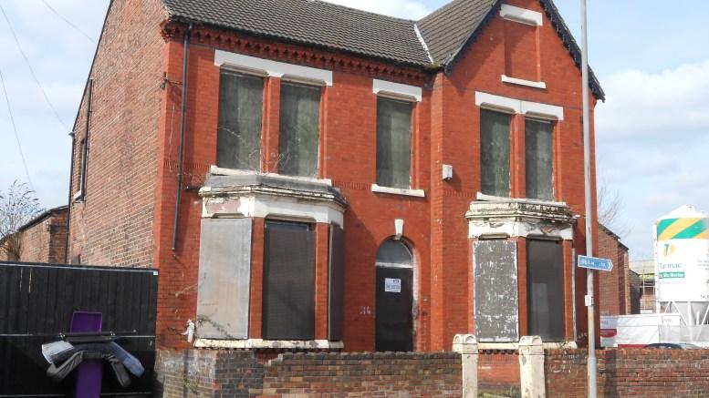 abandoned property Burnley