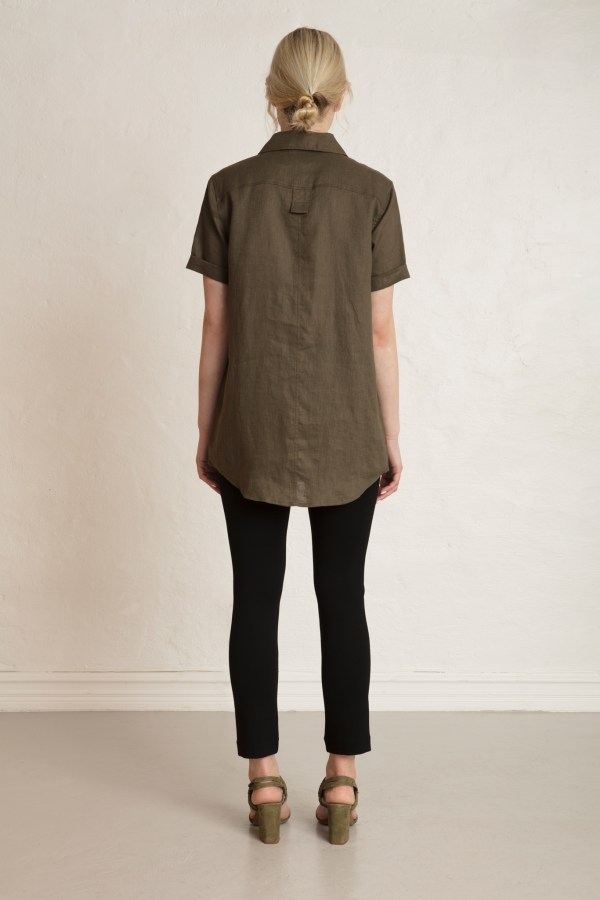 Pine Linen Shirt Dark Pine with Lou Pants