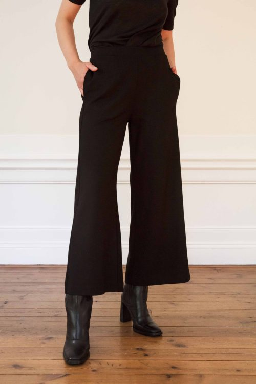Girl wearing Lottie ecovero wide pants in color black