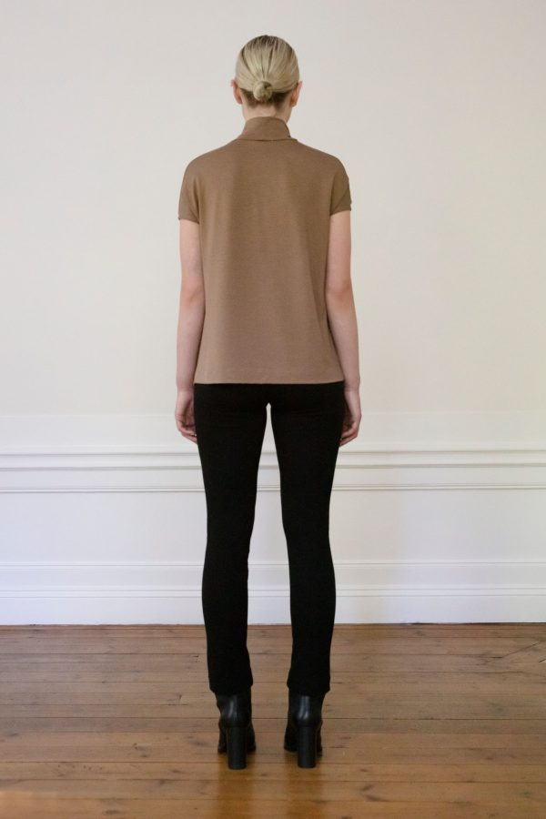 Residus top Luca Tencel Mole from the back