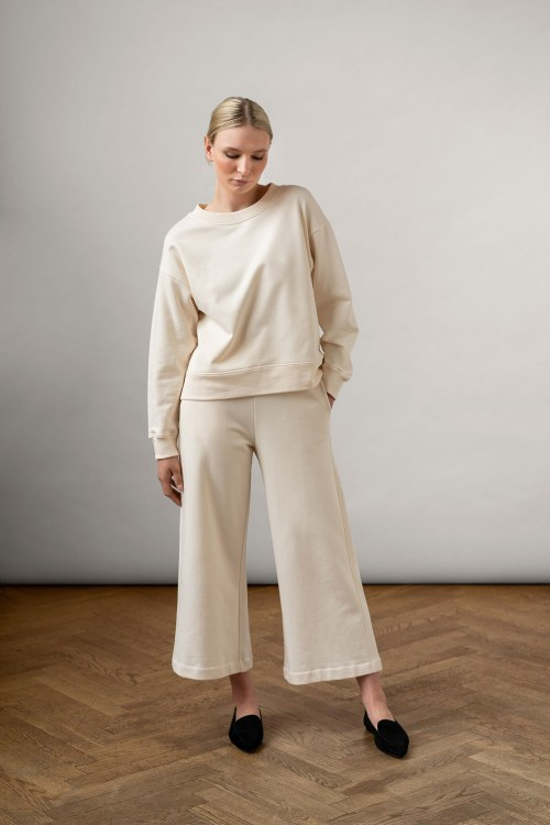 Rory Org Cotton Pants White and Ruth Sweatshirt in color white