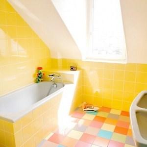 Parlak Ve Renkli Banyo Tasarım Fikirleri (4)