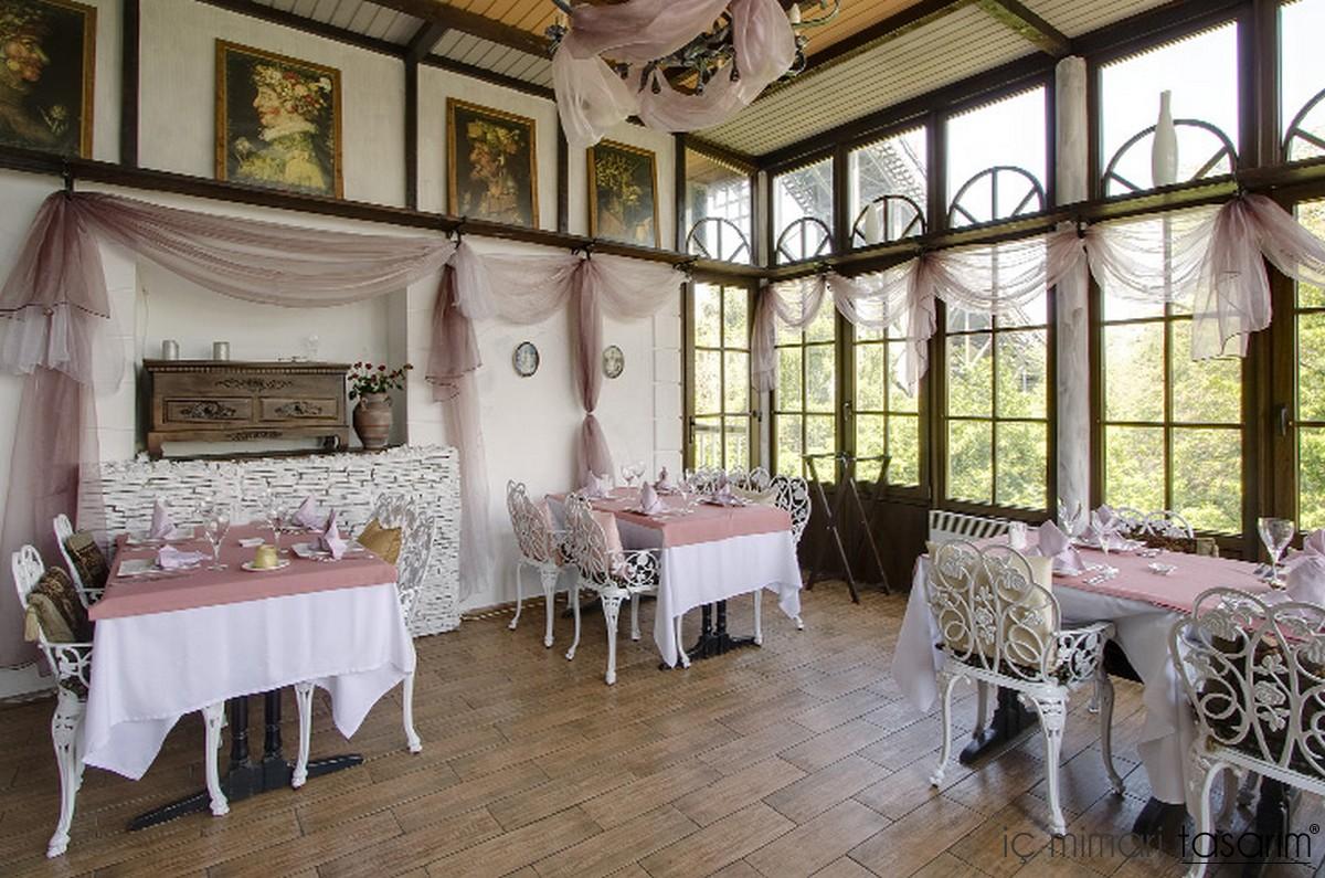 Modern ya am n k lt rel cafe bar restaurant tasar mlar for Classic cafe interior designs