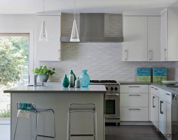 Mozaik-Ahşap-Duvar Kağıtlarıyla-Mutfak-Tasarımları (49)