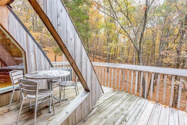 wood-deck-600x400
