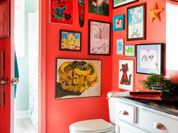 kirmizi-renk-banyo-dekorasyonu