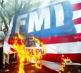 Os comunistas adoram ofender o FMI, se esquecendo que sem sua ajuda muitos países jamais estariam onde estão.