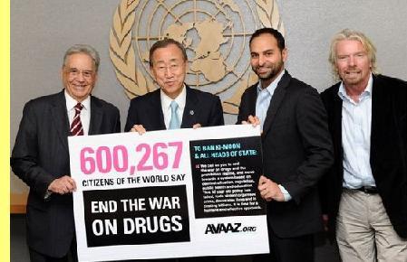 O ex-presidente brasileiro F.H. Cardoso e o secretário-geral da ONU são alguns dos que apoiam campanhas da Avaaz.