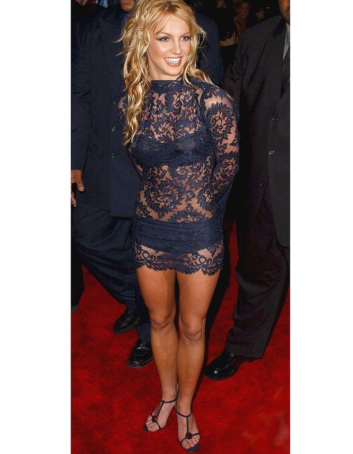 Britney Spears em vestido transparente
