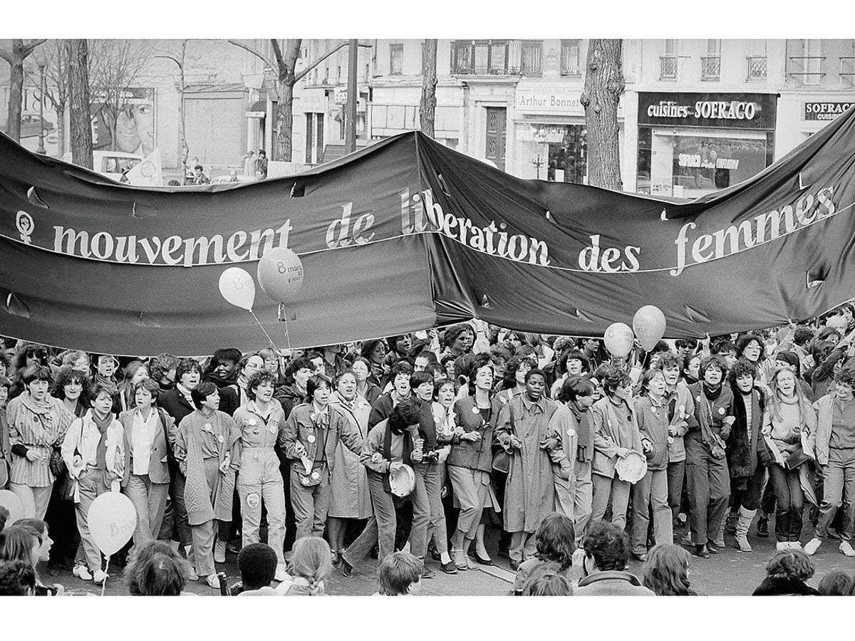https://i2.wp.com/resize-elle.ladmedia.fr/r/,900,forcey/img/var/plain_site/storage/images/societe/l-actu-en-images/10-victoires-pour-les-femmes-en-10-images/toutes-dans-la-rue-avec-le-mlf/47207877-1-fre-FR/Toutes-dans-la-rue-avec-le-MLF.jpg